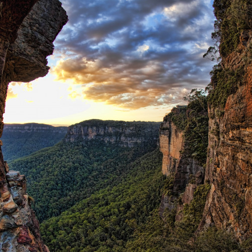Blue Mountains GettyImages 163395700