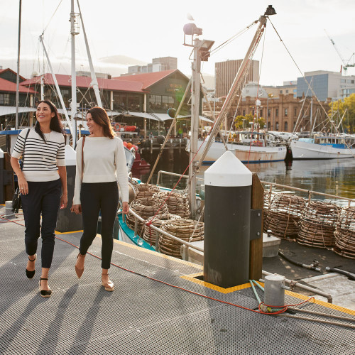HOBART DOCKS Tastes of Tasmania Explore