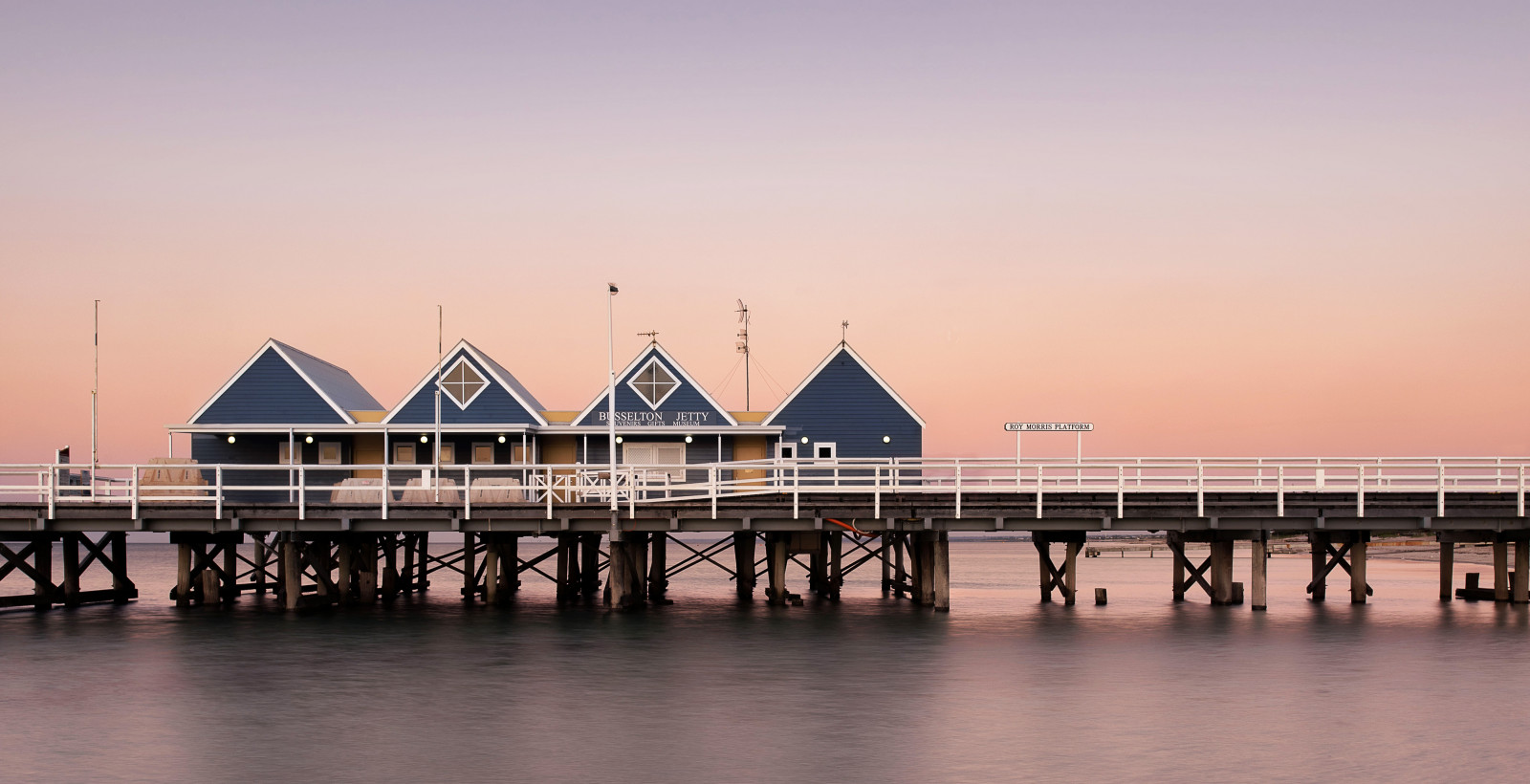 Busselton Jetty GettyImages 500124378 222