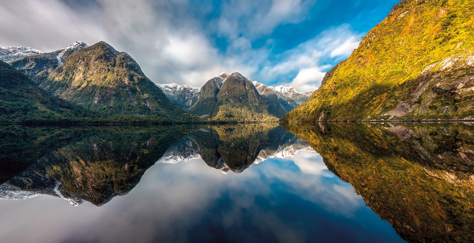 Doubtful Sound shutterstock 344514380