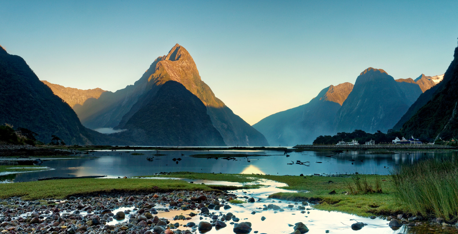 Milford Sound GettyImages 838453124