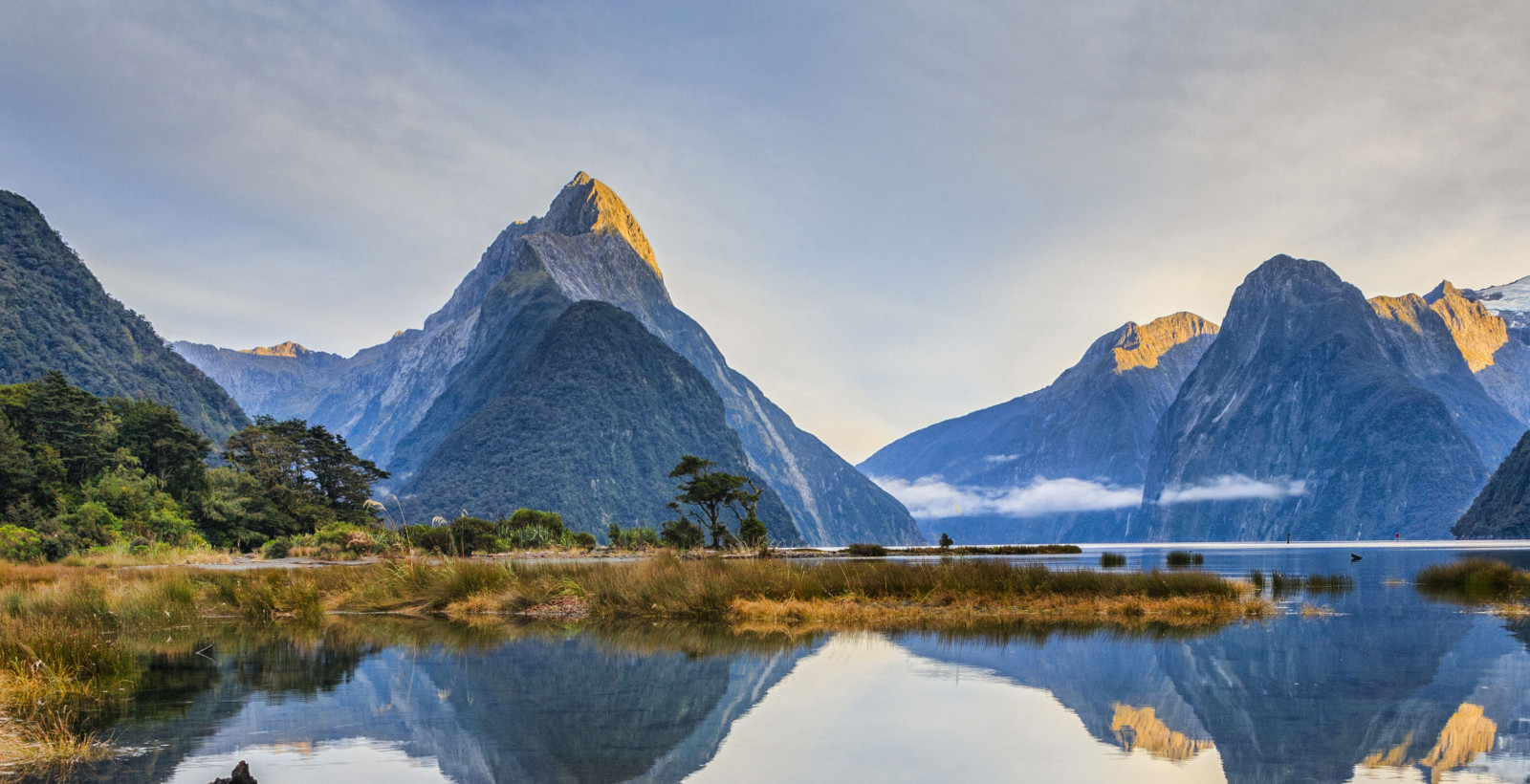 milford sound new zealand v3